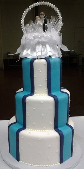 Stripes Wedding Cake