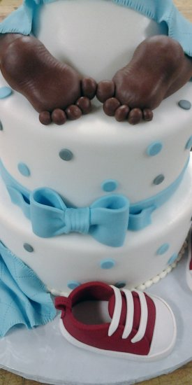 Creative Baby shower Cake